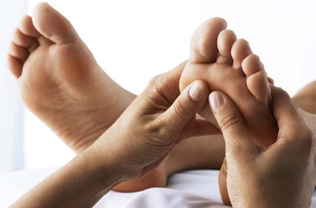 reflexology - holistic treatment for anxiety